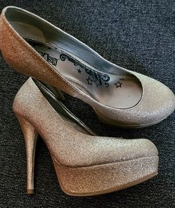 Gold shimmery stilettos